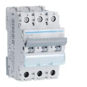 HAGER Disjoncteur 3 Pôles 10-15kA Courbe C 20A 3 Modules NKN320 HAGER NKN320